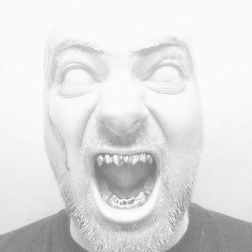 Basstard der H.P. Lovecraft des deutschen Horrorcore
